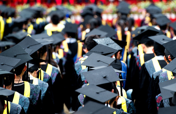 report:-us-visas-granted-to-students-from-mainland-china-have-plummeted-99%-since-april