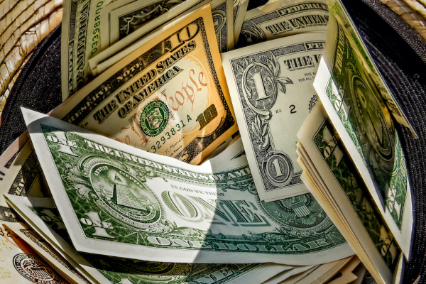 will-new-sec-equity-crowdfunding-rules-encourage-more-founders-to-pass-the-hat?